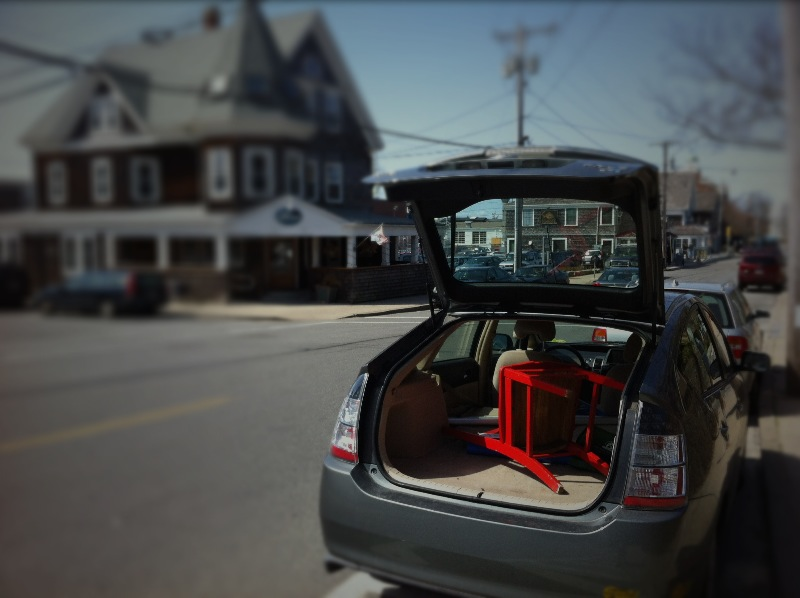 Leaving Woods Hole in my Prius.
