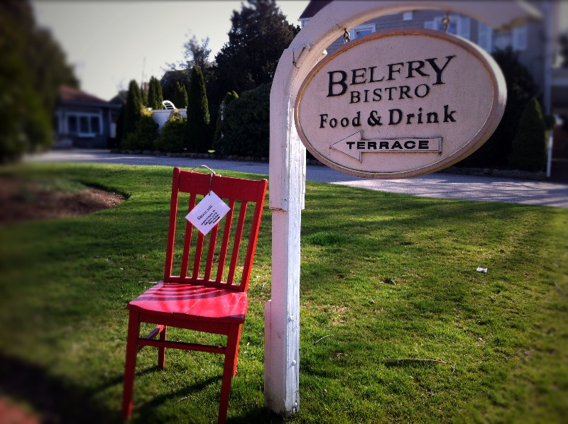 Arriving at the Belfry Inn in Sandwich, MA.