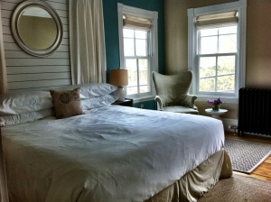Romantic getaway in Woods Hole.